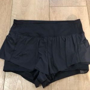 LULU LEMON Short
